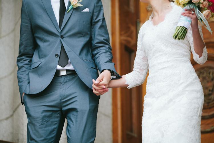Hailey and brad devine wedding bands